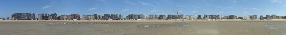 Photo credit: FZ015942-77-Panorama-De-Panne-buildings-facing-beach.jpg